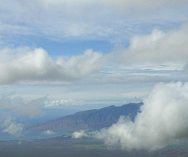 Flying towards Kihei / Maui