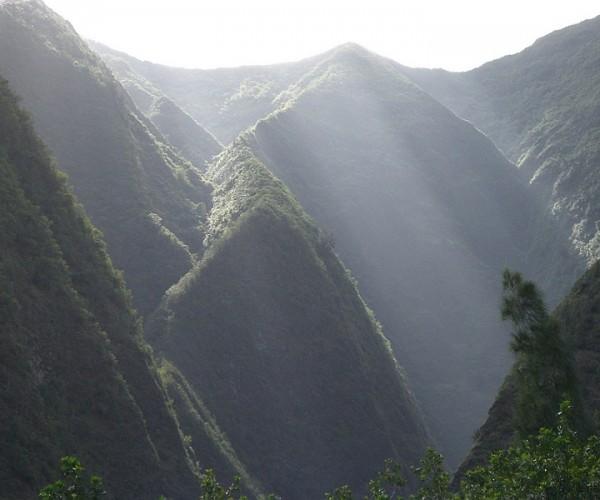 Sunlight effect in Iao Valley